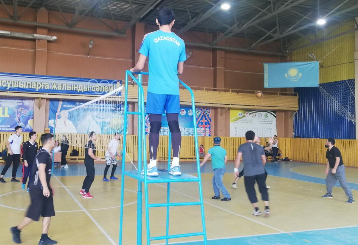 Мұғалжар: жамағат арасында волейболдан жарыс өтті